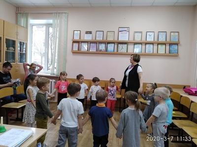 «Встреча весны». Открытые уроки-праздники для родителей  групп раннего эстетического развития