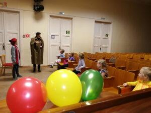 «Давайте знакомиться»: театрализованная программа для учащихся подготовительного и первого класса вокального отделения (17.10.2020)